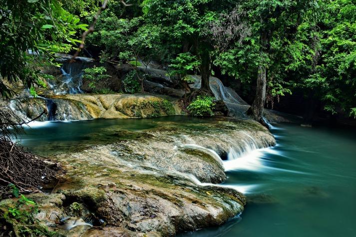 waterfall-2811052_1920